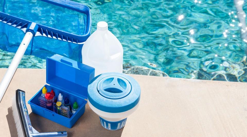 شركة تنظيف مسابح في دبي